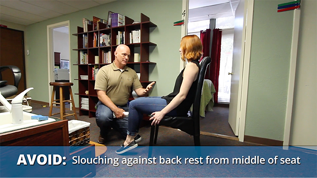 Avoid slouching against back rest from middle of the seat - Formaspace